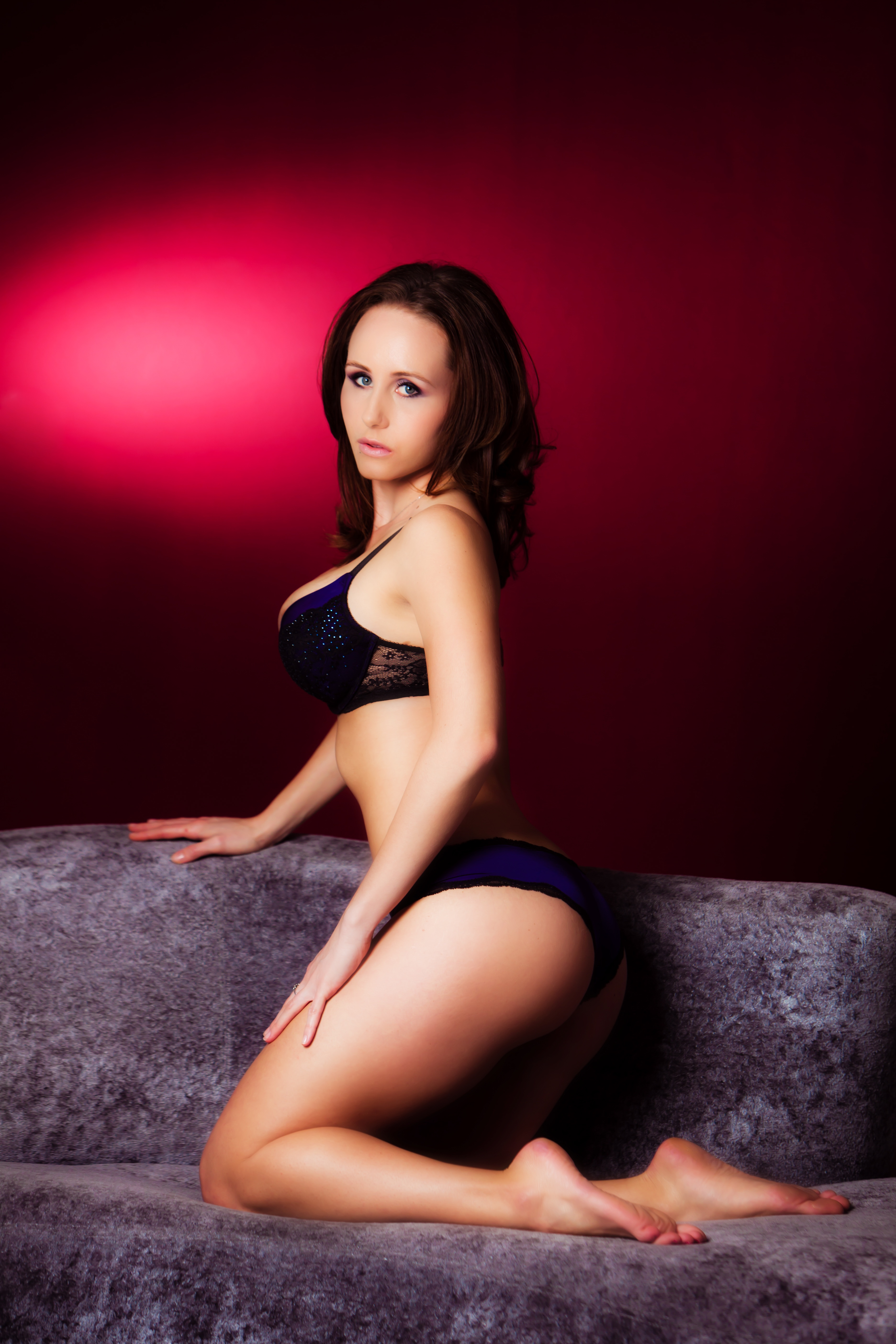 Female Strippers for Bachelor Parties in